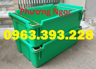 Sóng nhựa bít A2 có quai xách, thùng nhựa đựng đồ cơ khí 63b1198813e6f5b8acf7