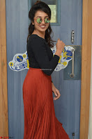 Tejaswini Madivada backstage pics at 92.7 Big FM Studio Exclusive  10.JPG