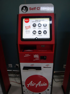 Mesin self check in AirAsia