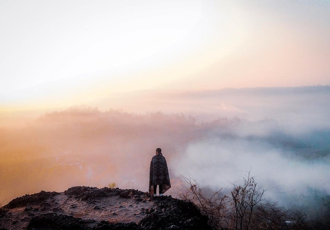 Keindahan Alam Gunung Ireng