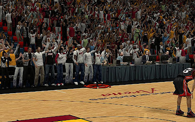 NBA 2K13 Stadium Crowd Fans (Clothes) Mod
