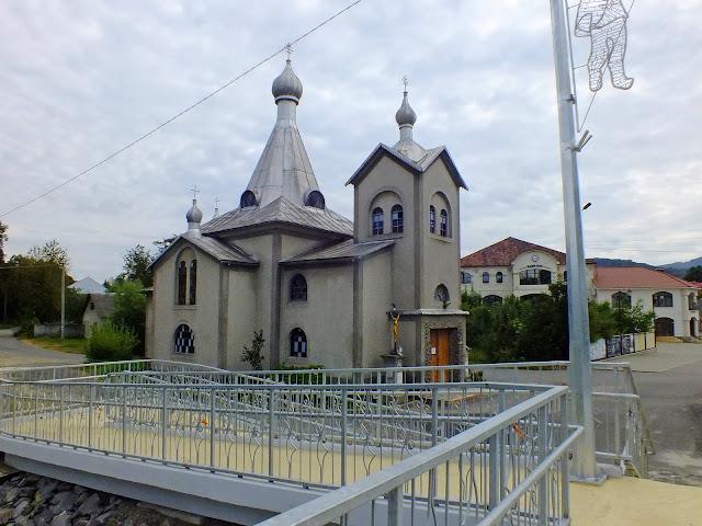 Ещё одна церковь в Сваляве
