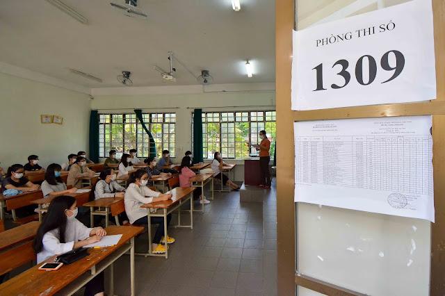 Sĩ tử Đà Nẵng thi tốt nghiệp THPT đợt 2 vì dịch Covid-19