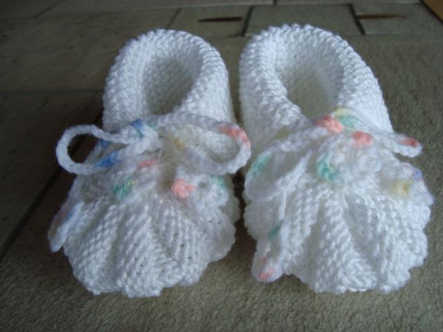 f0d7cd53291 Babystøvler strik
