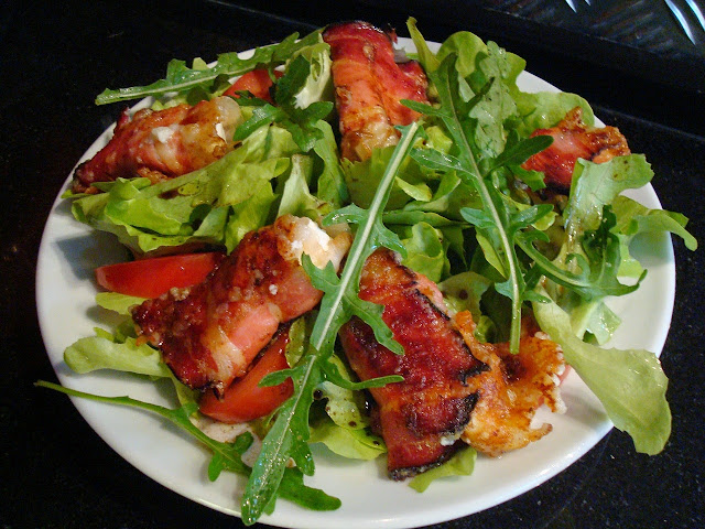 Salad with Bacon Rolls is a Common Nutritional Ketosis Meal