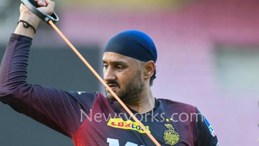 """ஹர்பஜன் சிங் இப்ப ஆலே வேற மாரி """" இந்த IPL-ல நீங்களே பாப்பிங்க !! இந்த IPL தொடரில் அவர் கலக்க போவது உறுதி"""