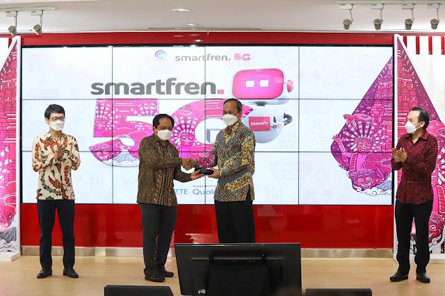 5G_Trial_Kominfo_Bersama_Smartfren_di_Galeri_Smartfren_Jakarta_2