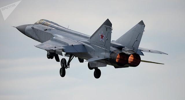 Belasan Pesawat Asing Terbang Mengintai Perbatasan Rusia, Ada Apa?