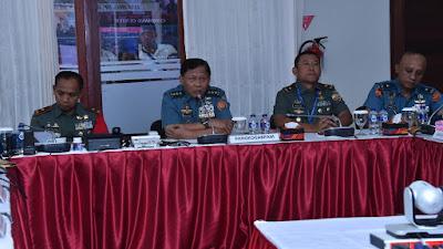 Pangkogabpam IMF-WB 2018 Pimpin Teleconference di Command Center ITDC Bali