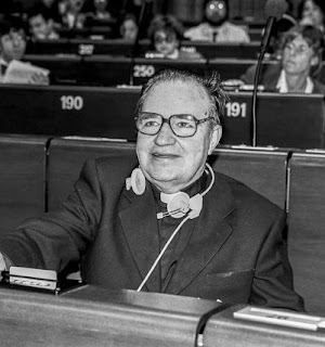 Gianni Baget Bozzo during a session of the European Parliament, where he spent 10 years