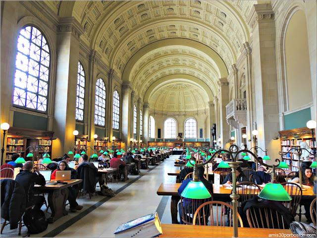 Bates Hall, Biblioteca Pública de Boston