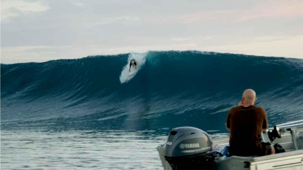 tatiana weston web surfer tahiti 6