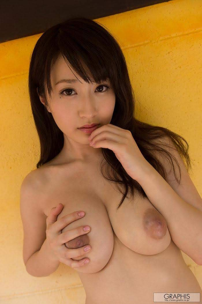 [Graphis] WINTER SPECIAL 2014 - Arisa Misato 美里有紗 South Wind (160P+3Vid) 648