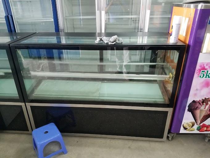 Chuyên sửa chửa tủ mát bánh kem tại Huế