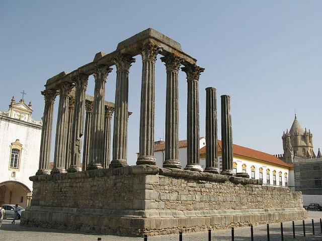 ►7 locais incríveis para conhecer em Portugal