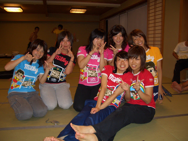 Lovely Japanese schoolgirls' excursion naked photos leaked (3pix)