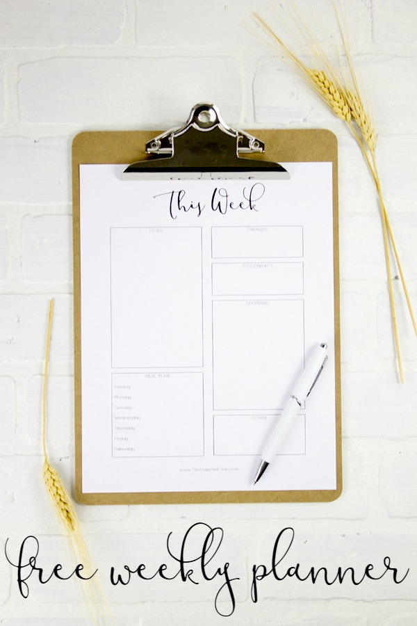 Free printable weekly to do list. Plan your week at a glance and get organized with this free weekly planner!