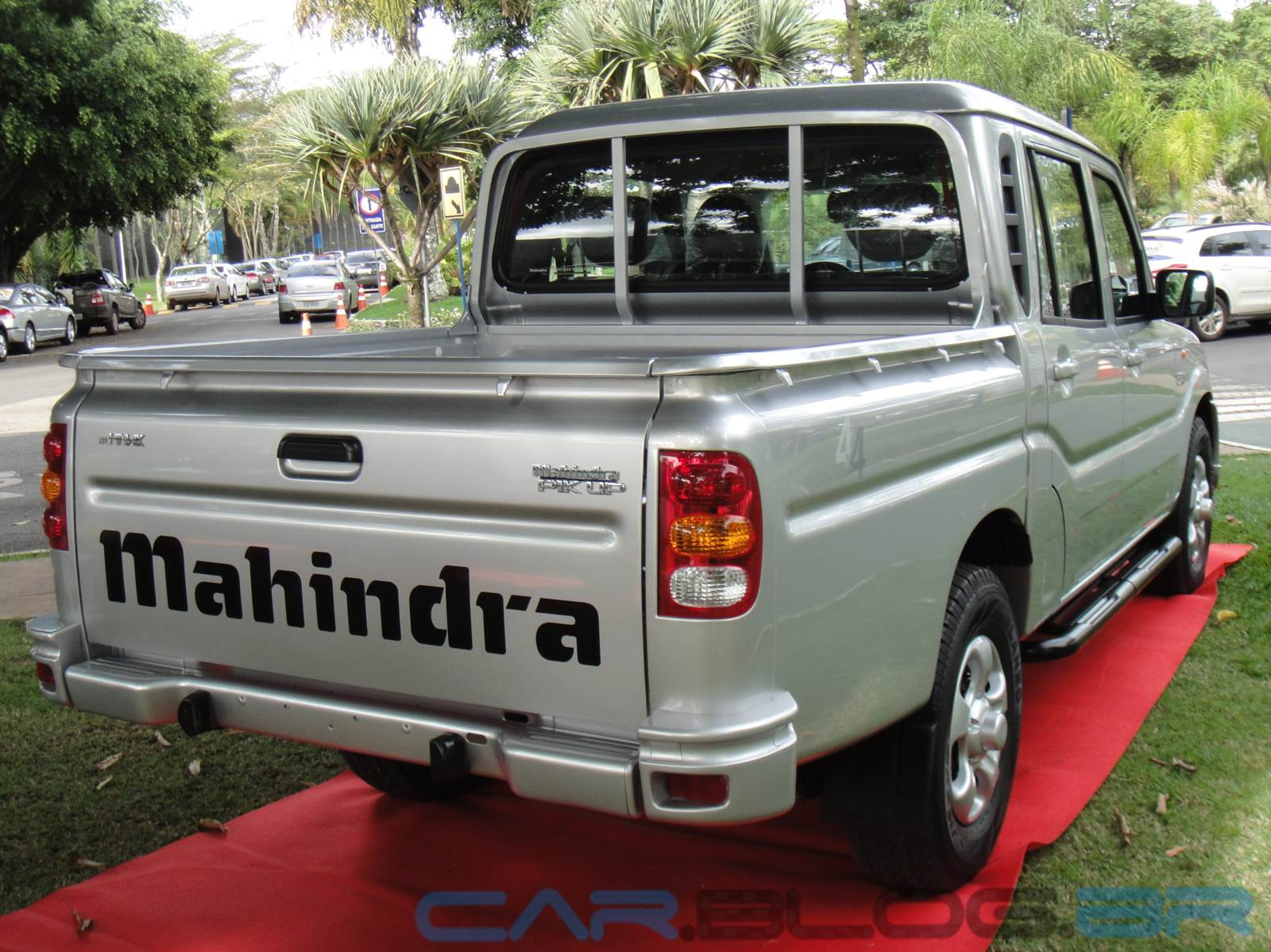 mahindra pick up 2 6 turbo diesel 4x4 tem pre o de r reais car blog br. Black Bedroom Furniture Sets. Home Design Ideas