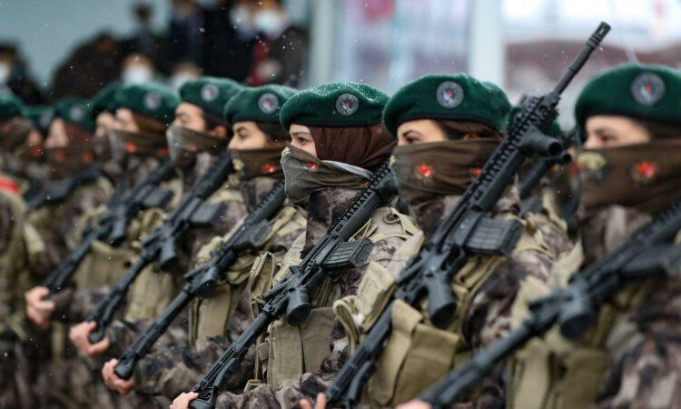 Turki Wisuda 500 Pasukan Wanita Untuk Pertama Kali Dalam Sejarah