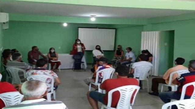 Covid-19: Em São José do Bonfim Prefeitura reúne proprietários de bares e restaurantes e repassa orientações