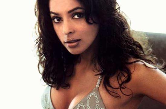 mallika sherawat sexy pic