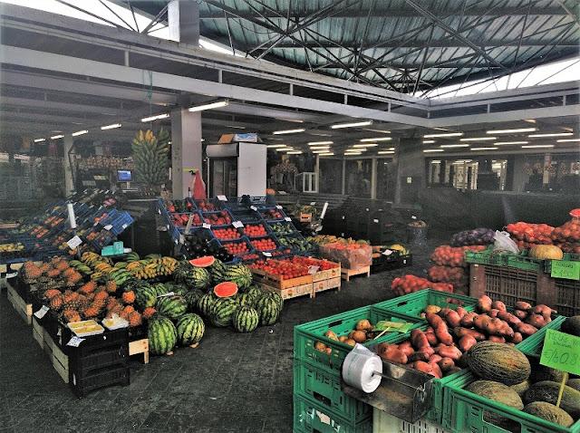 Frutas en el Mercado de Abastos de Ponta Delgada