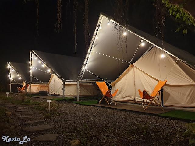 拉波波村營區燈串佈置