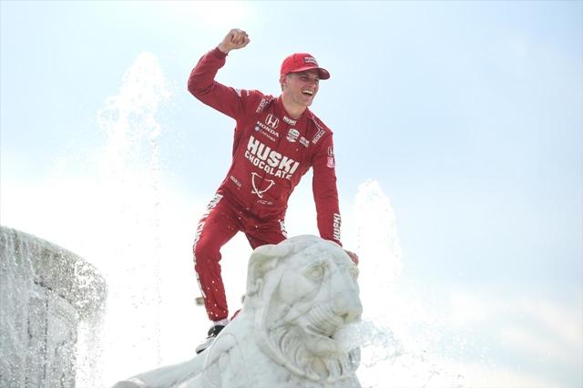 FÓRMULA INDY: Ericsson conquista a primeira vitória na categoria vencendo a Race 1 em Detroit