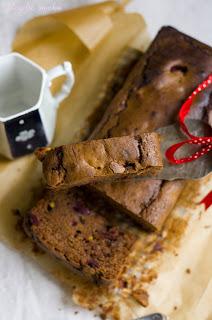(Ciasto czekoladowe z wiśniami