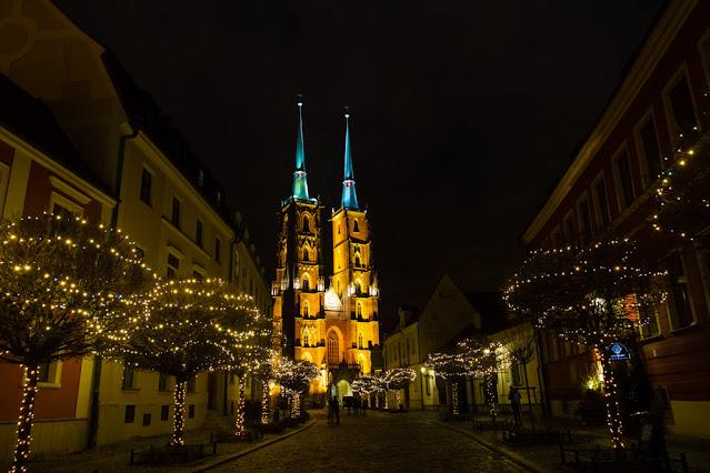 Cattedrale di San Giovanni Battista di notte-Breslavia