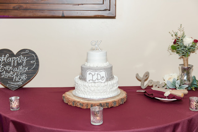 Superstition Manor Weddings Cake and Table Decor by Micah Carling Photography