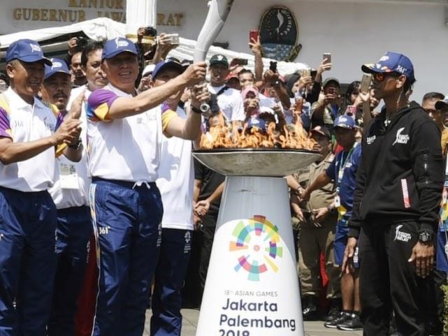Setelah Singgah di Gedung Sate, Obor Asian Games 2018 ke Garut