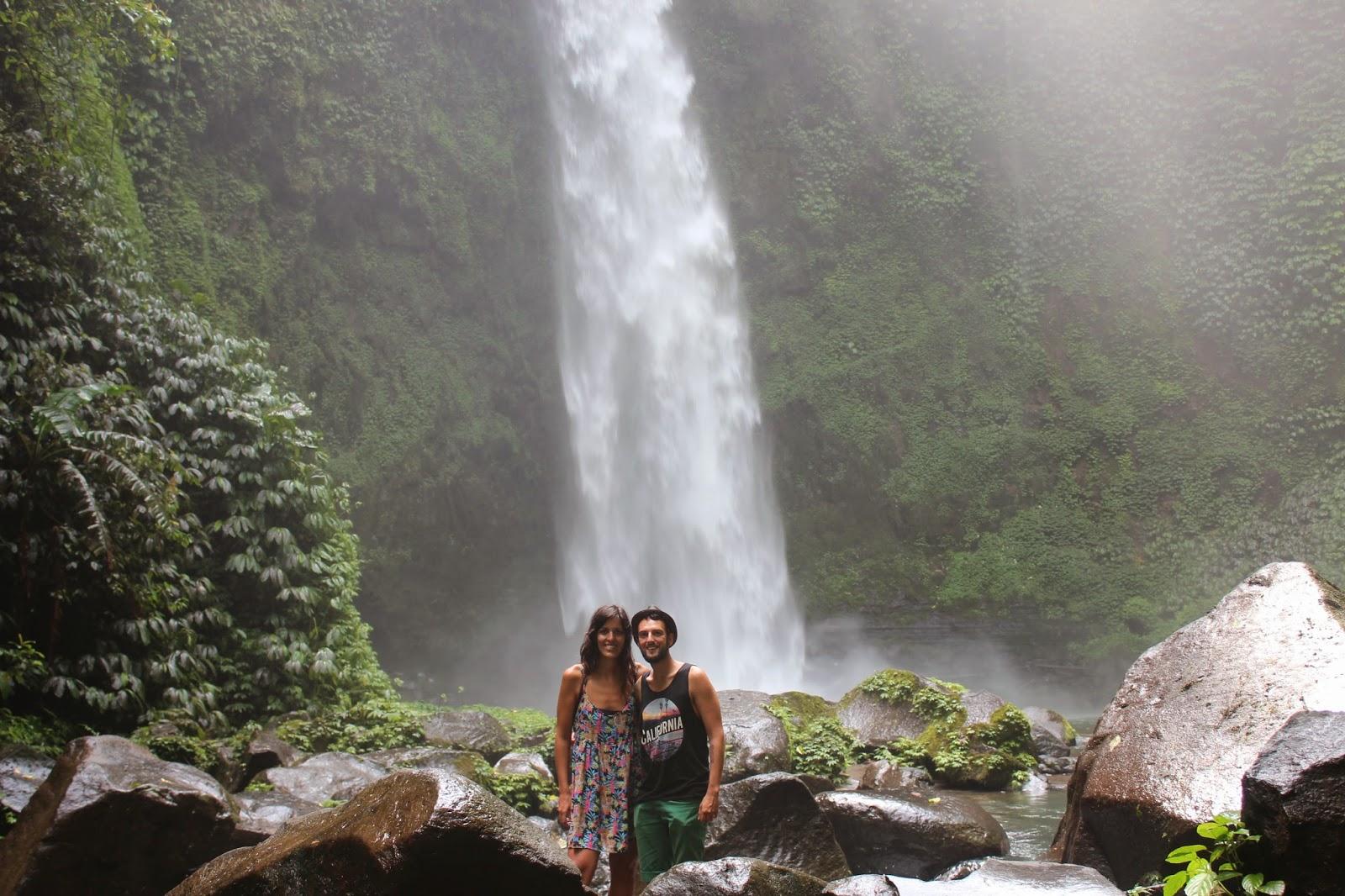 Retrato Cascada Nungnung Bali