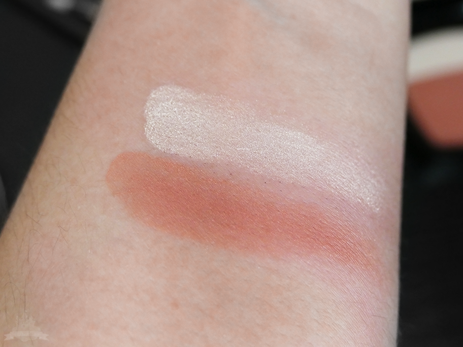 "Reviderm Rouge Reshape Blusher ""Rosewood Sunset"" Swatch"