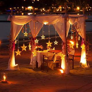 Lexton 138 LED Star Curtain Light 6 Big Star 6 Small Star with 8 Flashing Modes for Decoration (12 Star, Golden Yellow)