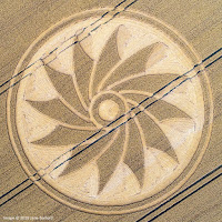 nouvel ordre mondial | Crop Circles Clifford's Hill, Nr Allington, Wiltshire, UK. Reported 21st July 2018