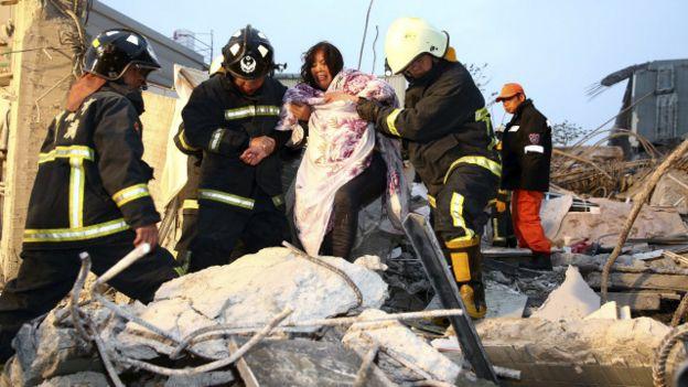 Gempa bumi menempa Taiwan