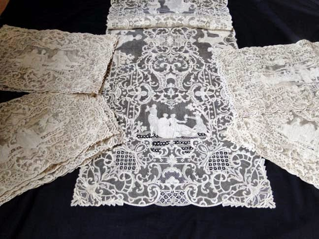 a7df9a4a59 EXQUISITE FIGURAL BURANO LACE PLACEMAT SET
