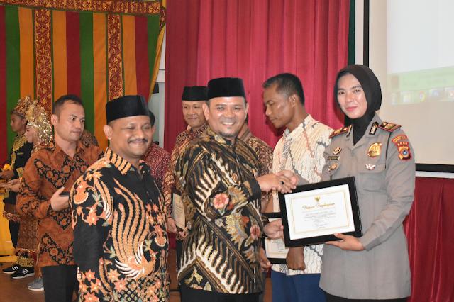 Mantan Kasat Lantas Aceh Besar Dapat Penghargaan di Malam Hardikda ke 60