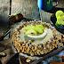 Elma ve tarçının dostluğu bu pastada pekişiyor