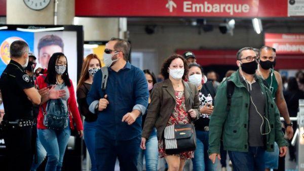 Brasil supera los 2.7 millones de contagios de la Covid-19