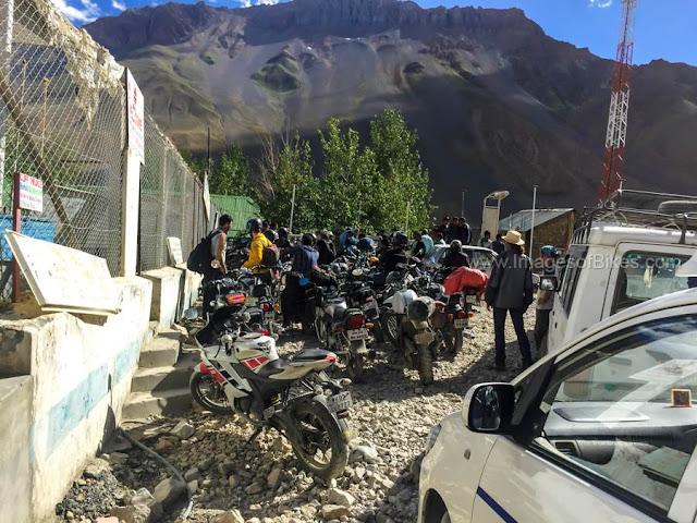 kaza petrol pump line