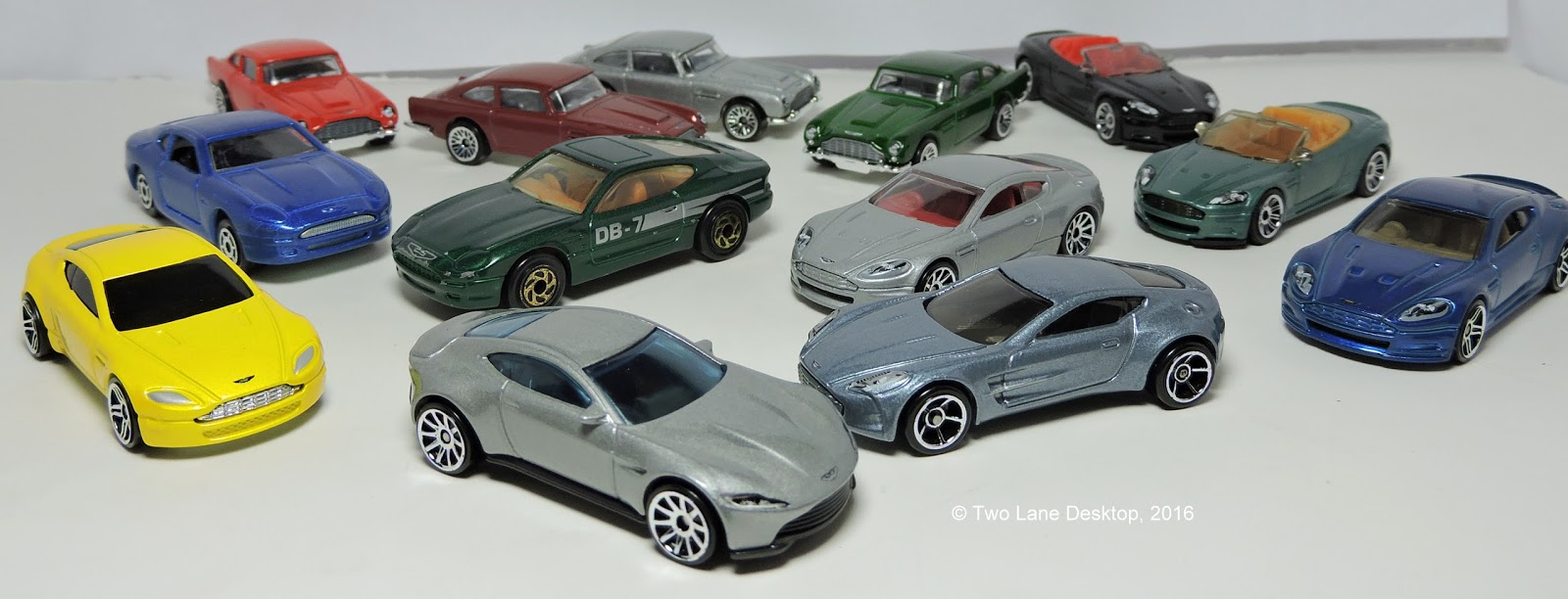 ASUNiAbLJPu6akjUd12ekJQ additionally First Drive in addition 2002 Thunderbird in addition Jaguar F Type Coupe White Startech 5950 together with 007 Aston Martins Hot Wheels Aston. on 2016 aston martin v8 vantage gt review