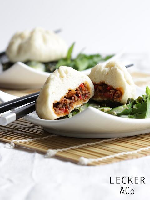 dumplings, hefe, dunmpling, asia, asiatisch, gedämpft, gedämpfte brötchen, gedämpfte dumplings, hackfleisch, kimchi, Foodblogger, lecker, Blog, Foodblog, Yummy, selbstgemacht, homemade, Blogger, Tina, leckerundco, Tina Kollmann