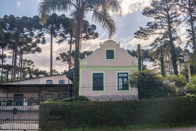 Casa na Avenida Anita Garibaldi - fachada