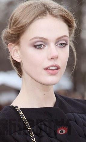 The beauty of a Swedish supermodel looks like Angels