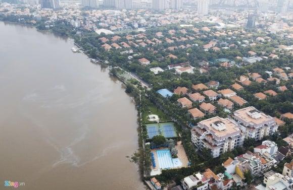 Biệt thự ở Thảo Điền bịt kín lối ra bờ sông Sài Gòn ảnh 1