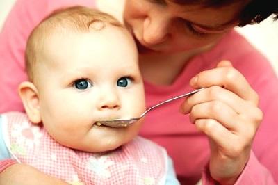Bebeklerde Öksürük Nedenleri ve Tedavisi