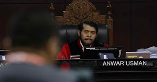 MK Tetap Terima Perbaikan Tim Hukum Prabowo-Sandi Meski Ditolak KPU dan Kubu Jokowi