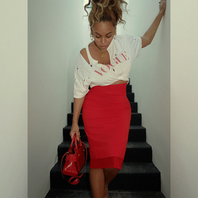 Beyonce shows off her killers curves in stunning new photos